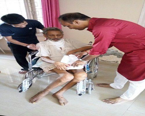 Attendants at home for elderly